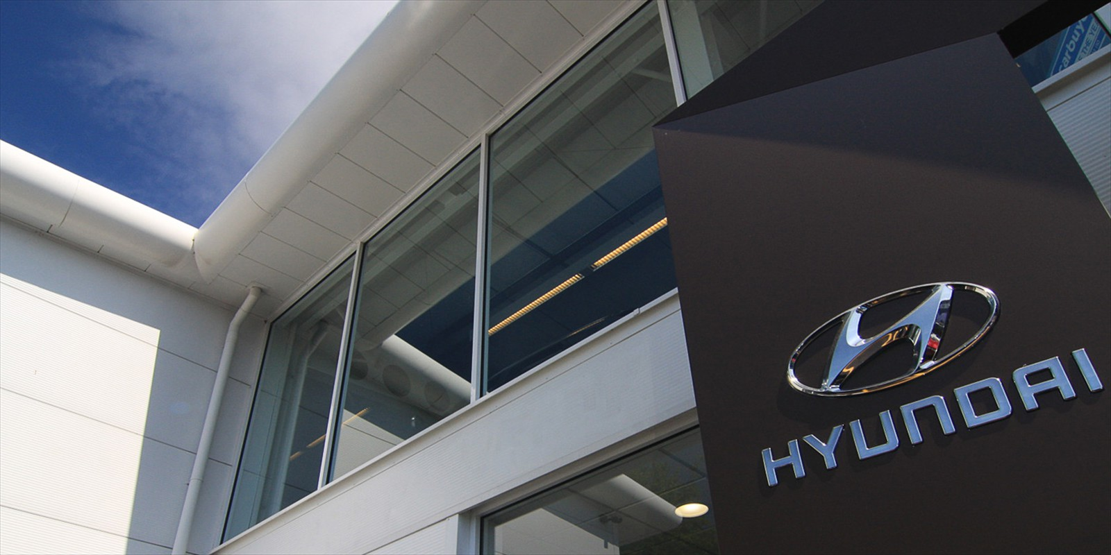 Hyundai Garage – Commercial – New Showroom and Upper Floor
